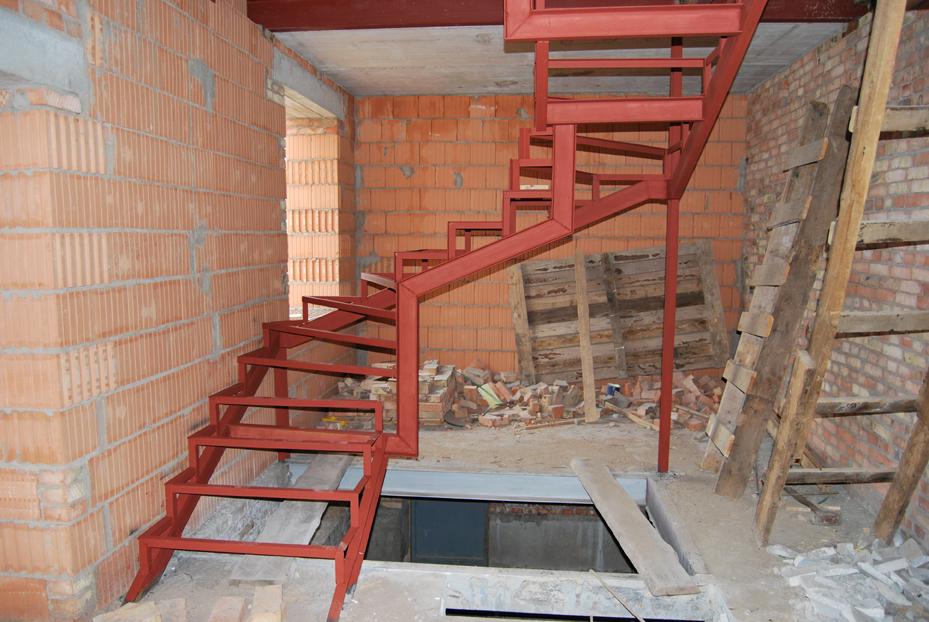Железная лестница своими руками на одном к 583