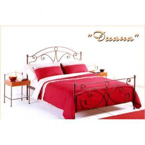 Фото кованой кровати Диана