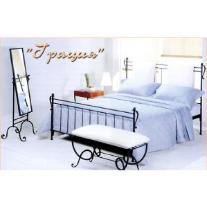 Фото кованой кровати Грация