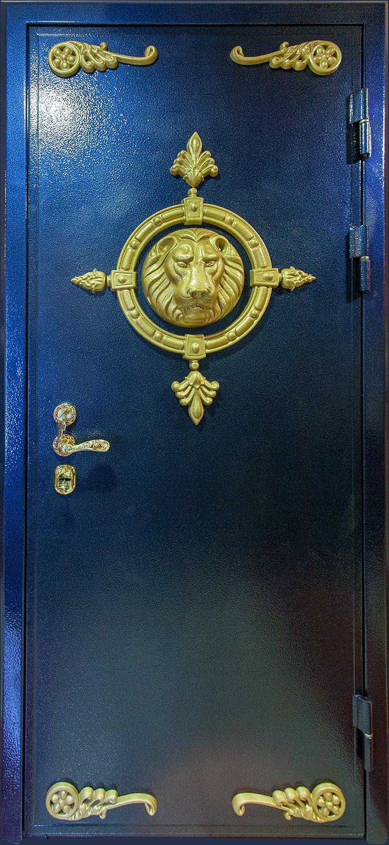 Утепленная сейф-дверь со львом